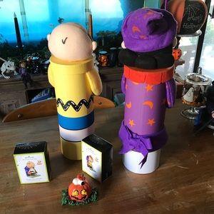 Hallmark Holiday - Lot Peanuts Snoopy Halloween Decor Lucy & Charlie